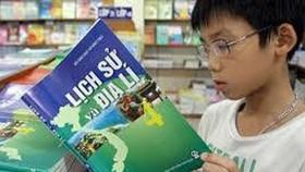 Thời điểm triển khai áp dụng chương trình giáo dục phổ thông và sách giáo khoa mới đang được cân nhắc