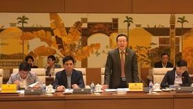 Phó Chủ tịch Quốc hội, Phùng Quốc Hiển, Trưởng đoàn giám sát chủ trì buổi làm việc