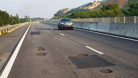 Dừng thu phí các tuyến đường hư hỏng không khắc phục kịp thời