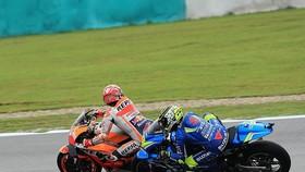 Tình huống Marquez cản trở Iannone ở khúc cua thứ 9