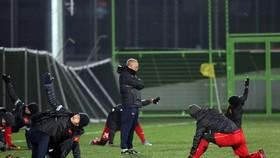 """Bóng đá Việt Nam sẽ có cuộc đối thoại """"Phát triển bóng đá Việt Nam"""" vào ngày 13-1 tới đây. Ảnh: ANH TRẦN"""