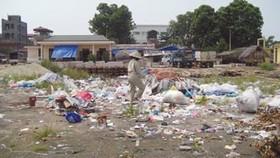 Chợ vật liệu thành nơi đổ rác