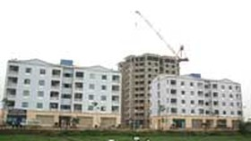 Hanoi builds houses for low-income persons