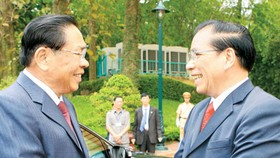 Vietnam, Laos vow to preserve special solidarity forever
