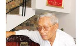 Elderly man pursues fight against corruption