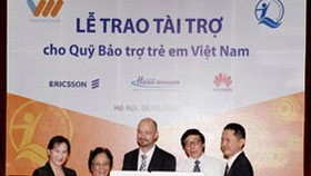 Vietnamobile cuts charges for first time
