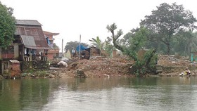 Huong River destroyed by illegal sand exploitation