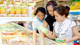 Firms need help to make Vietnamese goods popular: businesses