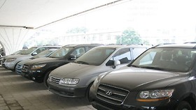 Ministry fuels trend on tight car import regulations