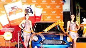Danang man wins car in Vietnamobile lucky draw