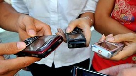 Ministry to clamp down on mobile phone promotions