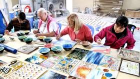 Argentina bestows artistic gift on Vietnam
