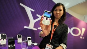 Yahoo! banks on mobile devices for its future growth