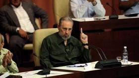 Fidel Castro warns Obama against attacking Iran