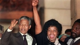 I'm no saint, Mandela says in excerpt from new book