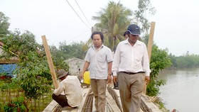 Philanthropist entrepreneur builds 250 bridges in Mekong