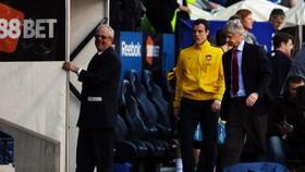 Blame me says Wenger as Arsenal's title bid crashes