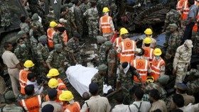 69 dead, 200 hurt as trains derail in India