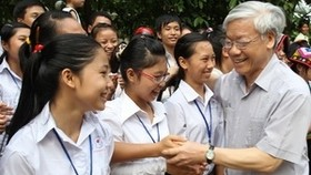 Party leader visits Thanh Hoa Province