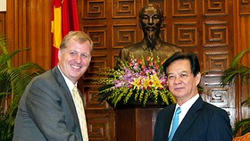PM Dung urges tighter controls on foreign projects