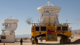 In Chile desert, huge telescope begins galaxy probe