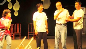 US director, Hanoi Youth Theater collaborate on drama project