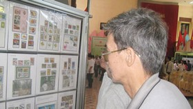 HCMC presents stamp exhibition in support of green environment