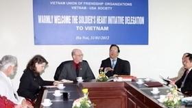 US war veterans visit Vietnam