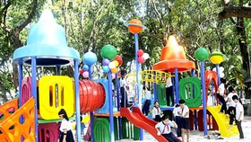 Free playground for children opens in Tan Binh District