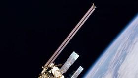 """""""Rác vũ trụ"""" lại đe dọa Trạm không gian quốc tế."""