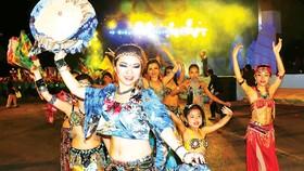'Carnival Ha Long 2012' celebrates Ha Long Bay