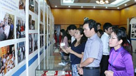 City hosts stamp exhibition on Uncle Ho