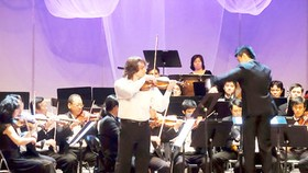 'Autumn Melody 2012' concert in HCMC