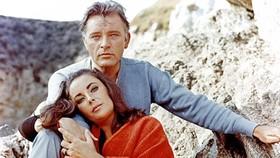 Richard Burton viết hồi ký về mối tình Elizabeth Taylor
