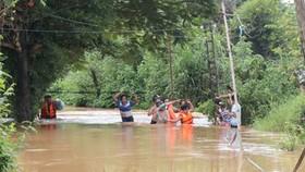 Rains cause severe flooding in Binh Phuoc, Dak Nong Provinces