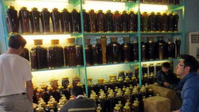 Ba Kich wine labels seized for incorrect map of Vietnam