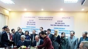 Vietnam invites foreign native English teachers