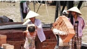 Vietnam pledges to combat child labour