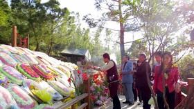 Over 1.3 million travelers visit grave of General Vo Nguyen Giap