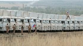 Đợt xe chở hàng viện trợ nhân đạo thứ hai của Nga đến Ukraine