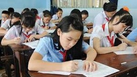 48 students take part in 'Prudential-Good Essay, Good Writing' contest in Tra Vinh