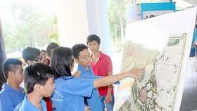 """Paracel, Spratly Islands of Vietnam- historical and legal evidences' exhibition opened in Soc Trang"