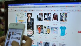 Mobile devices drive e-commerce