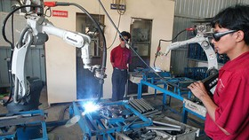 Handed-down machinery import regulations irrational, unnecessary