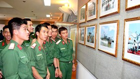 """President Ton Duc Thang with Vietnam People's Army"" exhibition opened"