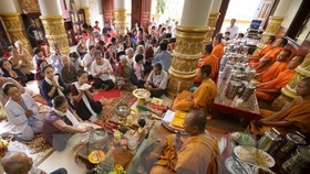 Sene Dolta festival greetings to Khmer people in HCM City