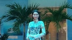 Traditional Vietnamese, Indian clothing graces catwalk