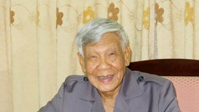 Nguyên Tổng Bí thư Lê Khả Phiêu: Đảng bộ TPHCM luôn kiên định, vững vàng trước mọi thách thức