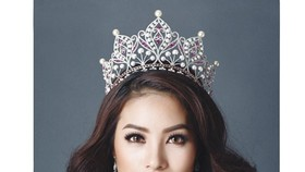 Pham Huong to compete at Miss Universe 2015