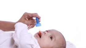 Cho trẻ từ 6 tuần tuổi uống Vaccine ngừa Virus Rota